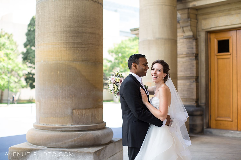 knox college wedding, knox college wedding photos, knox college wedding shoot, u of t wedding shoot, u of t, knox chapel wedding