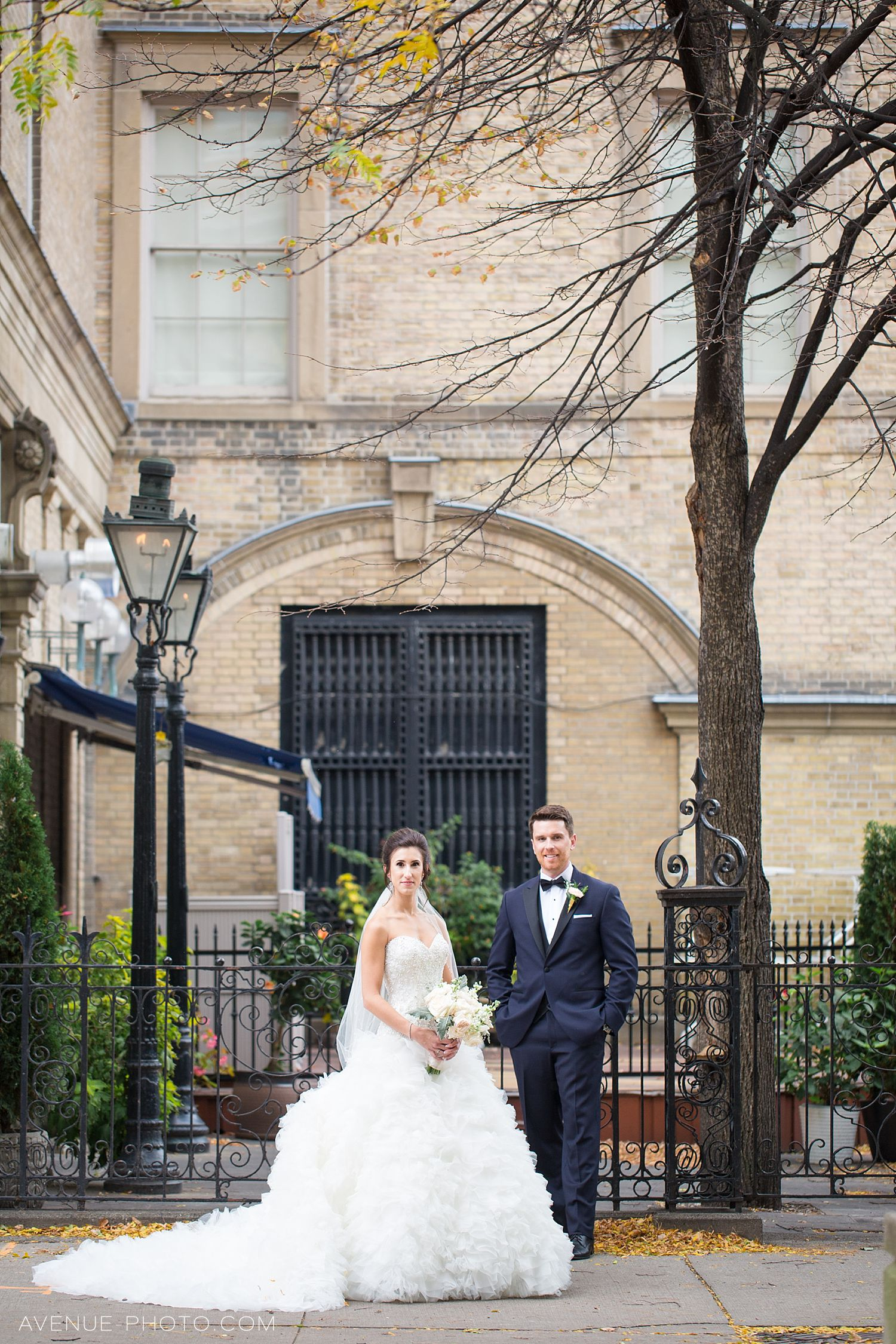 Rosewater Room Wedding Photos Sj Avenuephoto 032 Toronto Wedding Photographer Avenue Photo