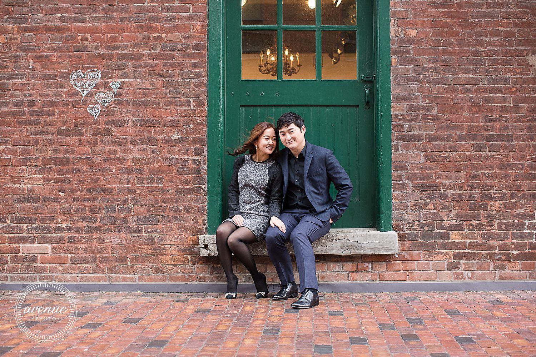 Distillery District Engagement Photos / Avenue Photo