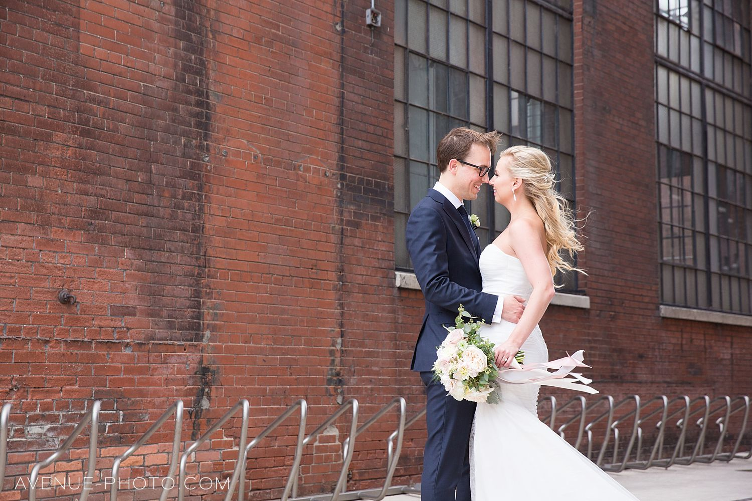 Liberty Village Wedding Photos / Avenue Photo