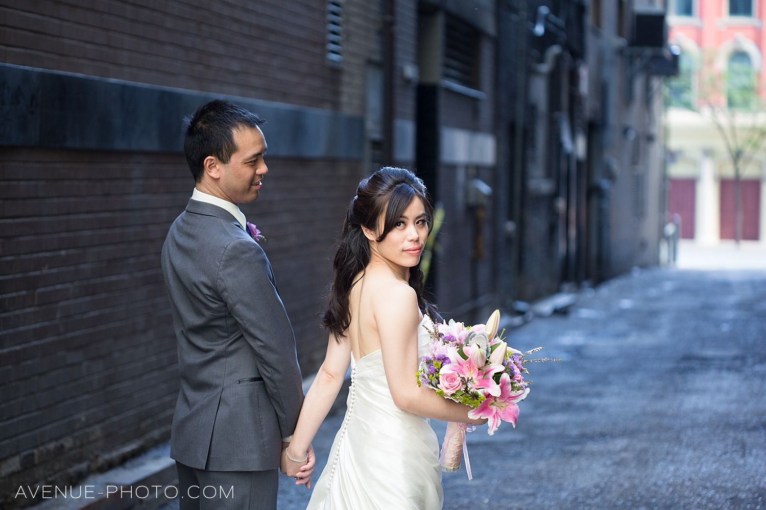 one king west wedding, Sassafraz wedding photos, Sassafraz wedding, Yorkville wedding, one king west, Sassafraz, wedding photos Sassafraz, toronto wedding photographer,