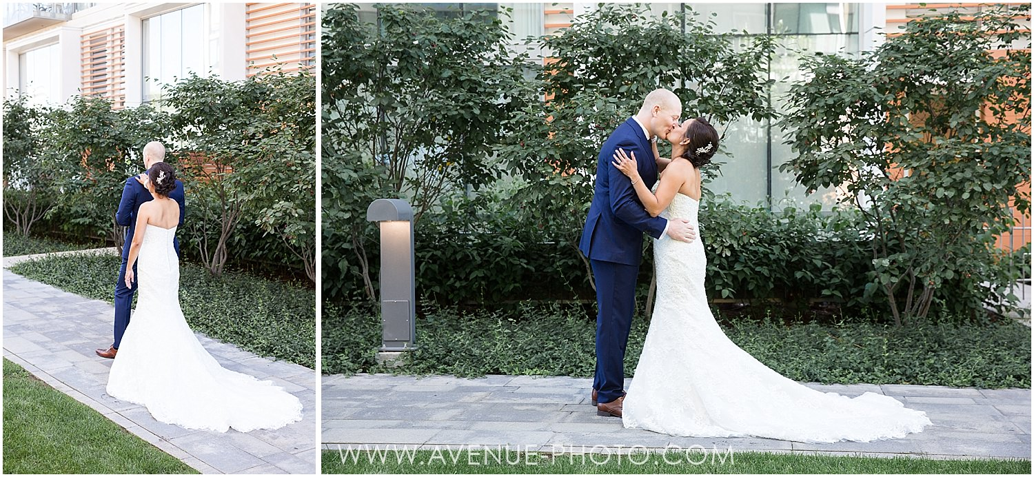 Canoe Restaurant Wedding, Canoe Wedding, Toronto Wedding Photographer, Avenue Photo