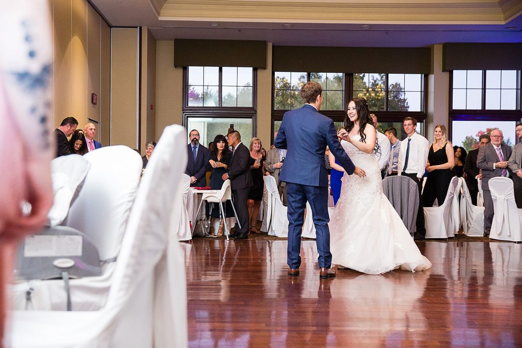 Deer Creek Golf Club Wedding First Dance